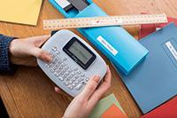 PT-M95 Imprimante d'étiquettes portable et facile à utiliser pour s'organiser à domicile